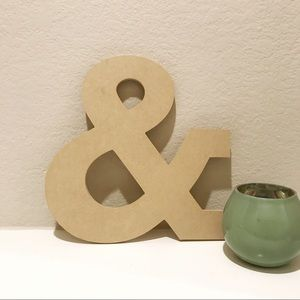 "Wooden Ampersand Sign ""&"""
